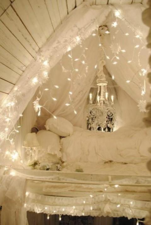 Luces de navidad en la habitación 15