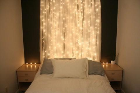 Luces de navidad en la habitación 4