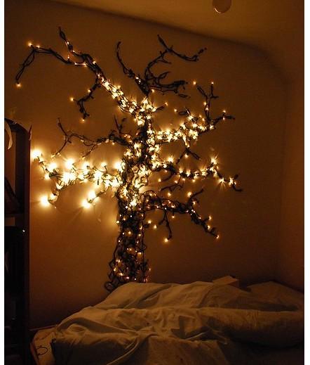Luces de navidad en la habitación 7