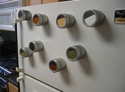 Especieros en la cocina 7