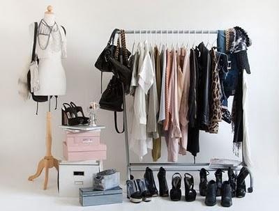 Ordena la ropa sin armarios 1