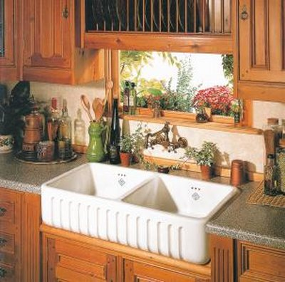 Fregaderos de cocina de estilo r stico for Cocinas campestres pequenas
