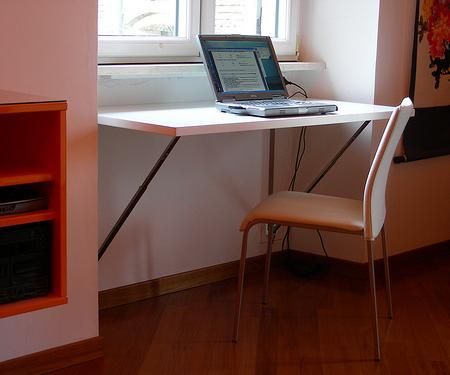 Mesas ahorrar espacio for Mesa plegable para ordenador