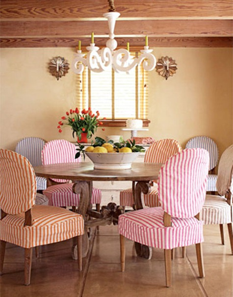 Mesas de desayuno en estilo r stico for Fotos de comedores elegantes