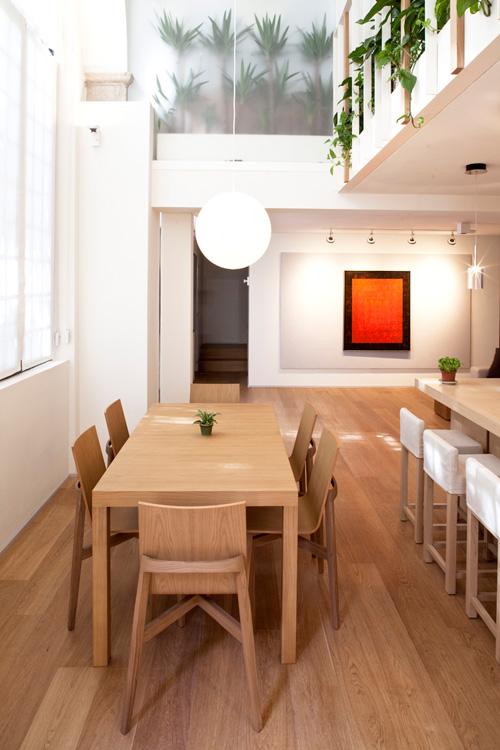 Oficina y hogar en un loft decorado para vivir 5