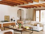 imagen Una casa con vigas de madera