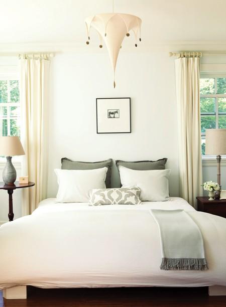 Habitaciones tranquilas e inspiradoras for Decorar dormitorio con cuadros