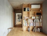 imagen Doce interiores con madera contrachapada