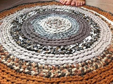 Decora con alfombras de trapillo01