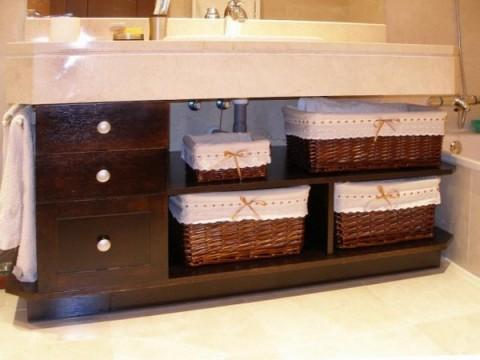 Organiza el ba o con cestas for Cesta para muebles de bano