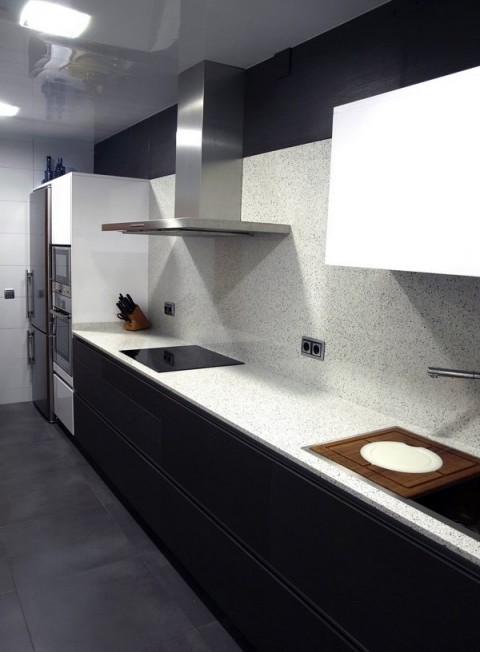Cocinas con granito y m rmol for Barra de granito cocina