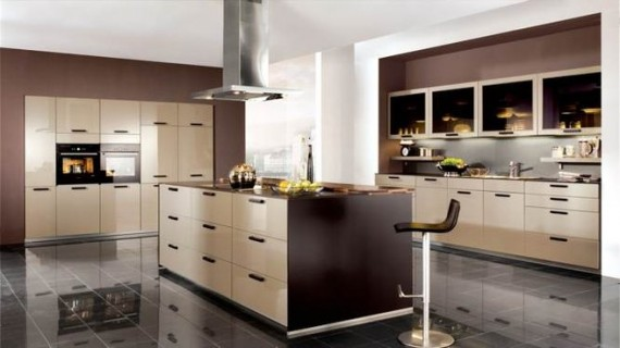 Tendencias decorativas en la cocina for Cocinas beige y marron