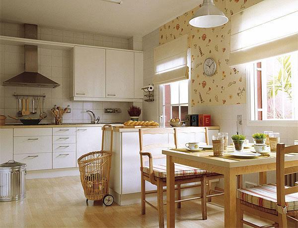 Las cocinas de estilo r stico for Cocinas empapeladas