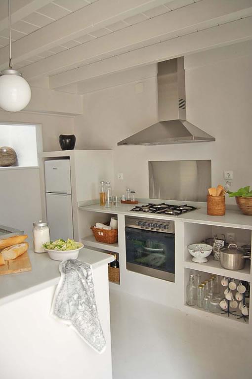 Las cocinas de estilo r stico for Decoradores e interioristas en valencia