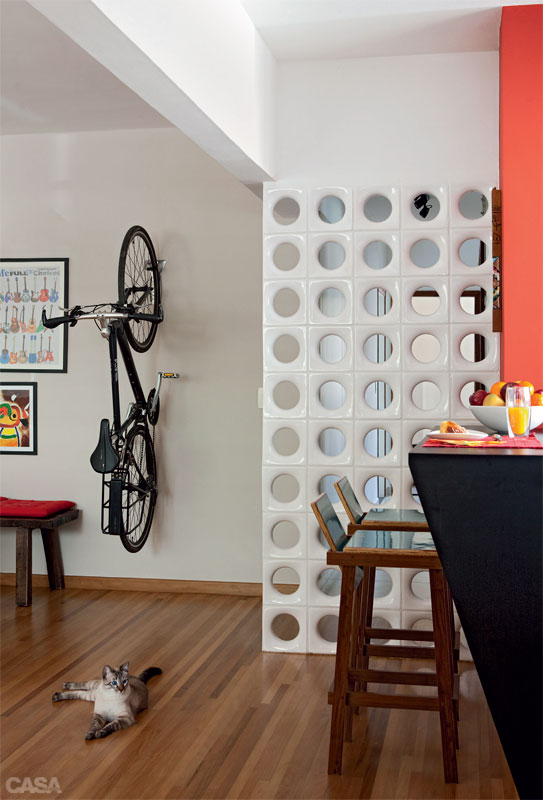 como-incluir-su-bicicleta-en-la-decoracion-de-la-casa-02
