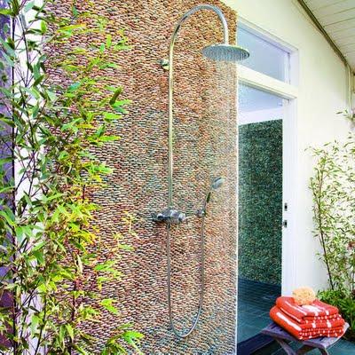 Ideas para duchas al aire libre03