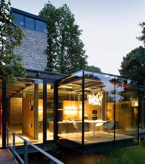 Casa de cristal y en armon a con la naturaleza for La casa 2013