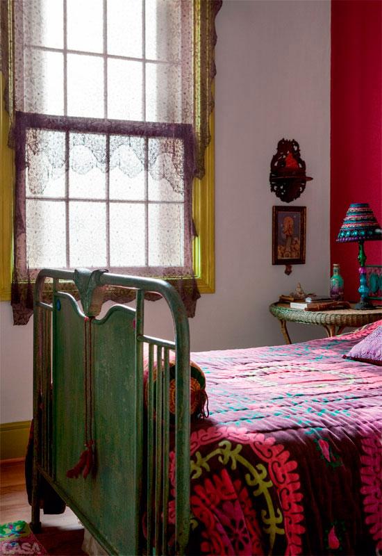 la-luz-y-el-color-de-una-casa-brasilena-06