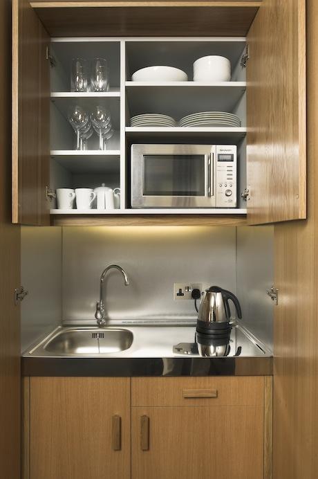Cocinas peque as para espacios reducidos for Cocinetas para cocinas pequenas
