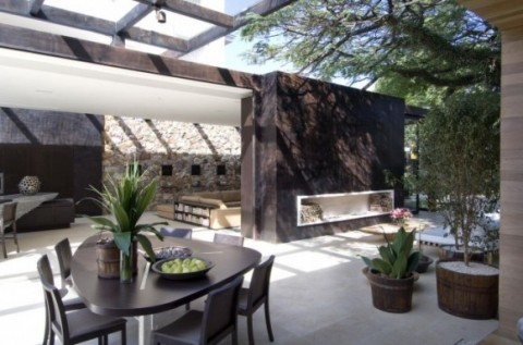 Una casa sostenible y moderna-06