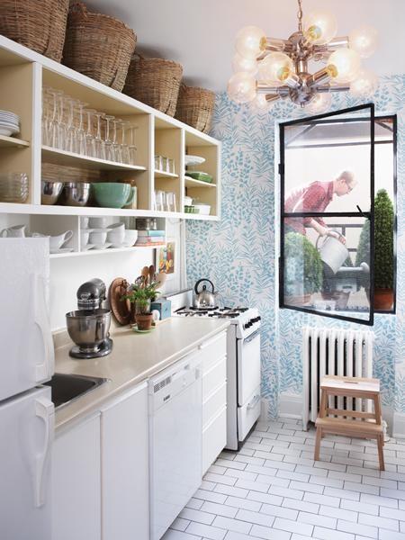 Estantes abiertos en la cocina 4