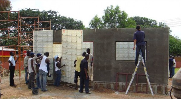 Sistema de construcción de viviendas de bajo costo 2