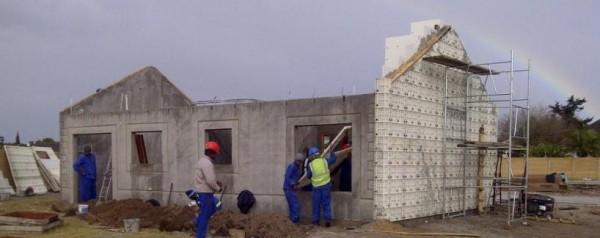 Sistema de construcción de viviendas de bajo costo 3