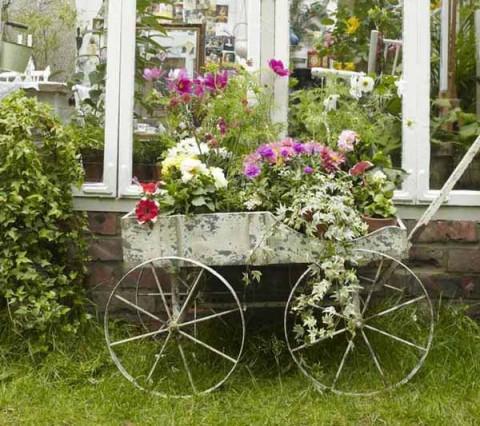 Decoraci n de estilo vintage para jardines for Juegos de jardin vintage