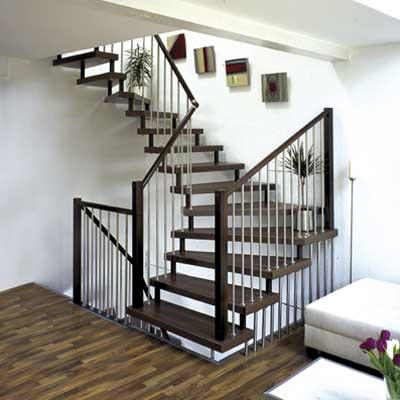 Escalera caracol en viviendas modernas for Interior staircase designs india