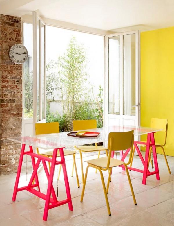 Mesas de caballetes para tu hogar for Mueble que se convierte en mesa