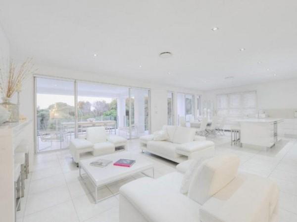 Una casa a puro blanco 6