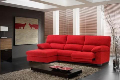 Decora con sof s a todo color for Combinar un sofa verde oscuro