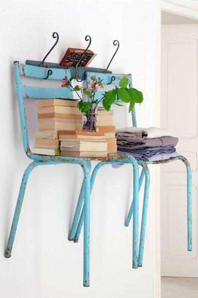 Ideas para reutilizar viejas sillas - Toalla con respaldo ...
