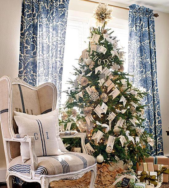 27 inspiradoras ideas para el rbol de navidad for Ideas para decorar el arbol de navidad