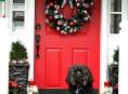 imagen 16 ideas navideñas para decorar la entrada