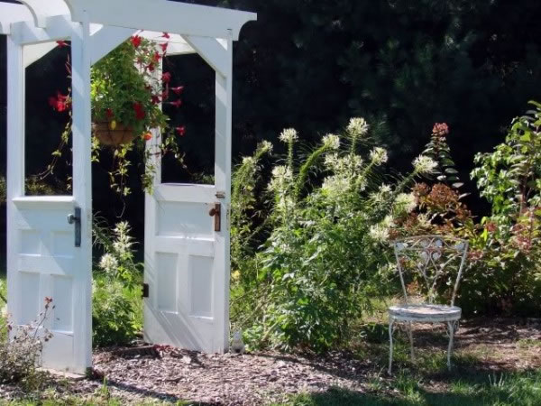 decorar con viejas puertas