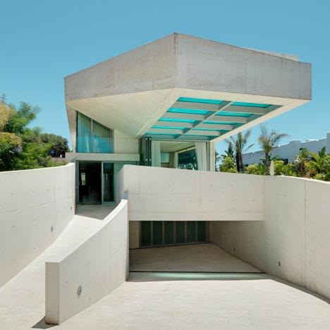 La piscina como parte de la casa 2