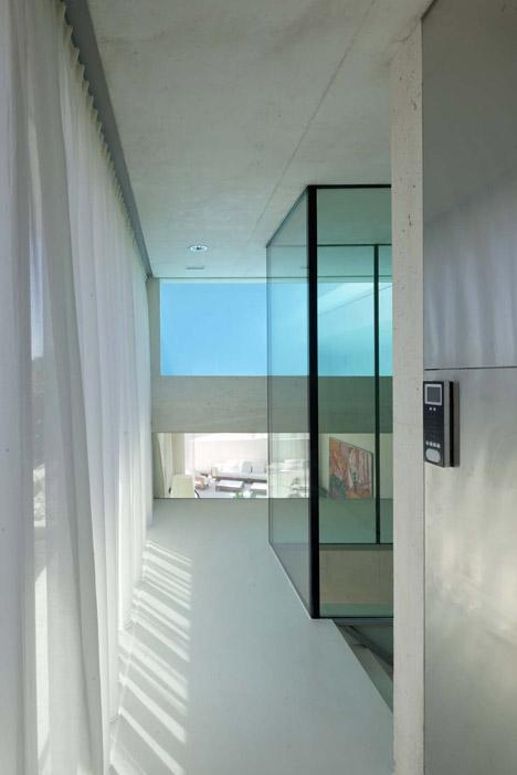 La piscina como parte de la casa 3