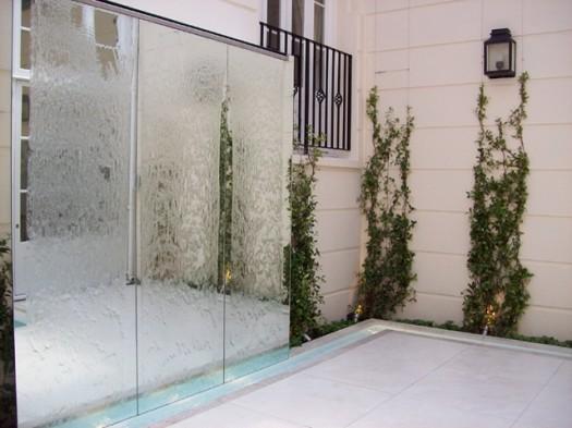 9 espectaculares muros de agua para exterior - Revestimientos de paredes exteriores ...