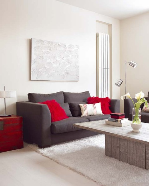 Cómo llenar de color un sofá gris 4