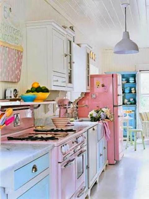 Cocinas con detalles pop 3