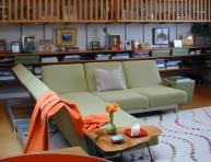 imagen Añade un manta o tejido a tu sofá