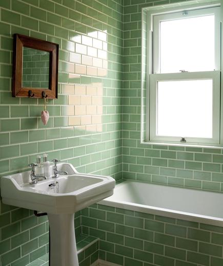 Diseno De Baño Para Adolescentes:Green Subway Tile Bathroom