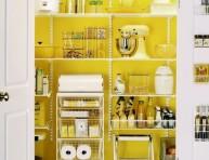 imagen Llena de vida la cocina con el color amarillo