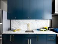 imagen Cocina moderna en azul y oro