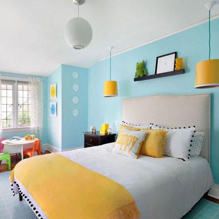 Detalles en amarillo para la habitaci n - Dormitorio azul y blanco ...