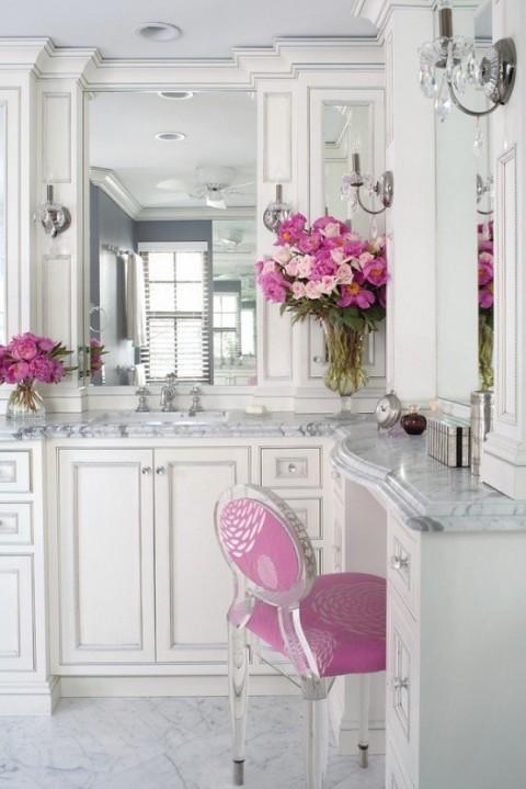 Baño de mármol en rosa 1