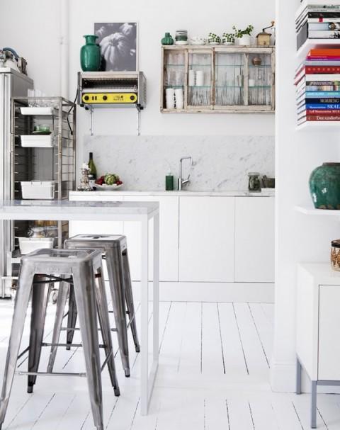 Una cocina r stica con elementos vintage for Elementos cocina