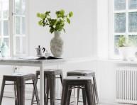 imagen Una cocina rústica con elementos vintage