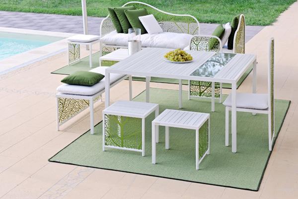 Colecci n de muebles para exterior de corradi for Muebles para balcon exterior pequeno